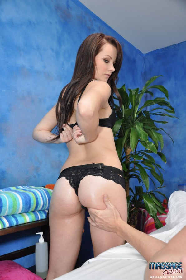 DSC 0078 597x900 Alexis Tyler   Massage Girls 18